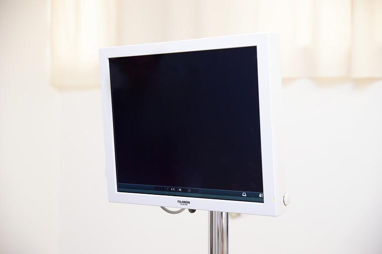 大型ハイビジョン液晶モニターによる診察
