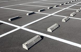 駐車場完備お車での来院可能